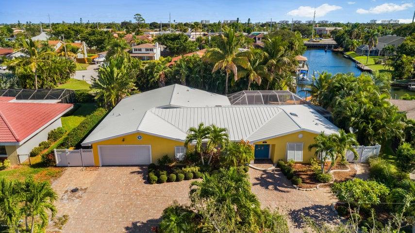 104 Cat Cay Lane, Indian Harbour Beach, FL 32937