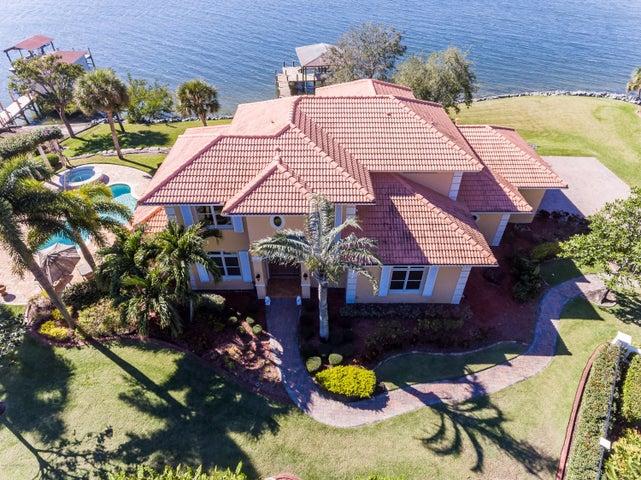 8785 S Tropical Trl, Merritt Island, FL 32952