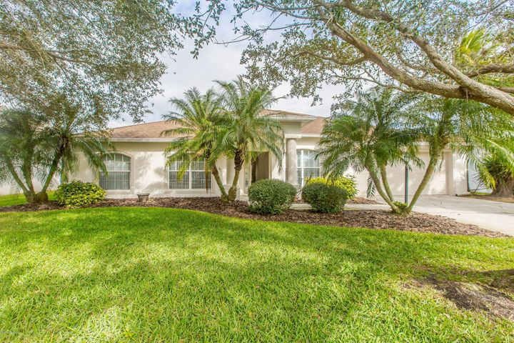 2502 Woodfield Circle, West Melbourne, FL 32904