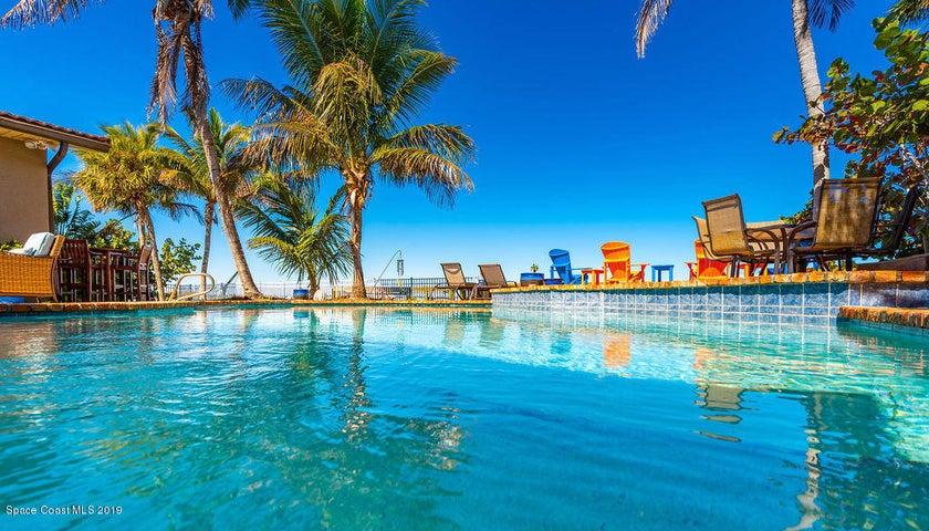23 Country Club Road, Cocoa Beach, FL 32931