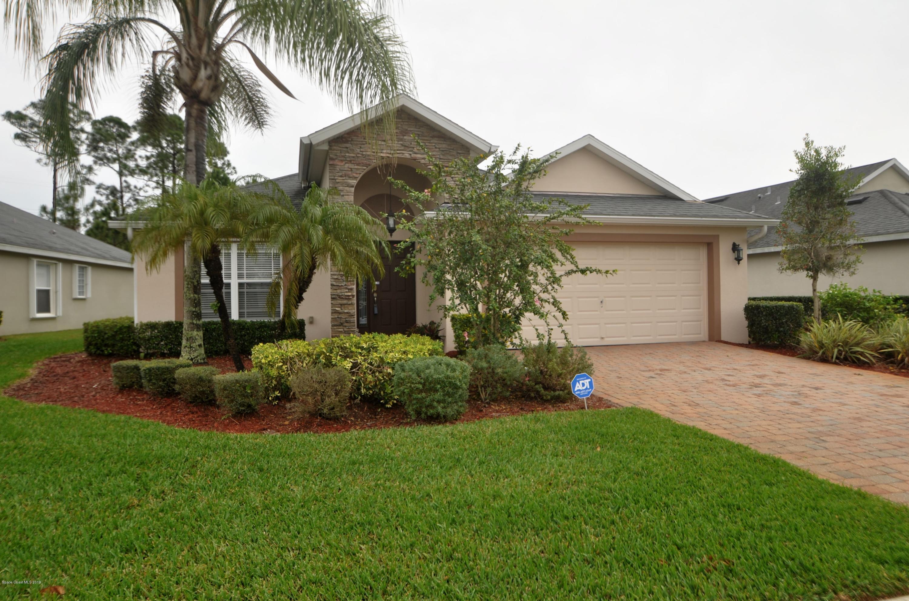 637 Remington Green Drive, Palm Bay, FL 32909