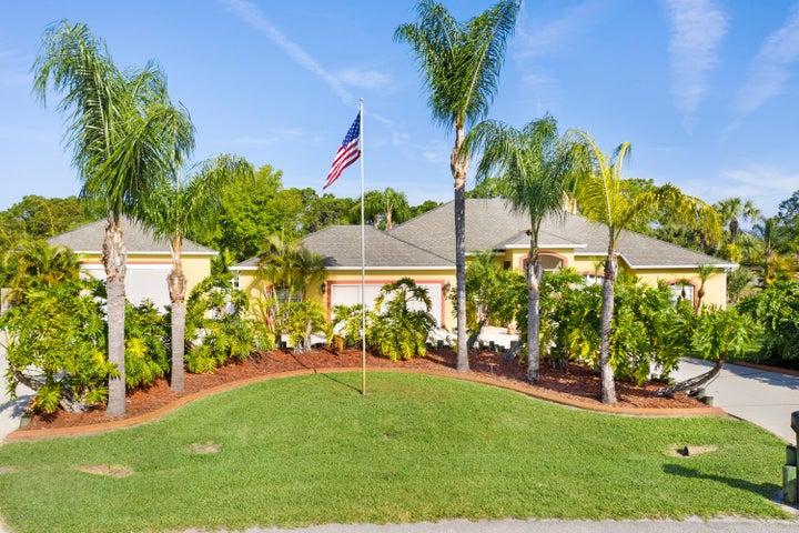 299 Hearth Street, Palm Bay, FL 32908