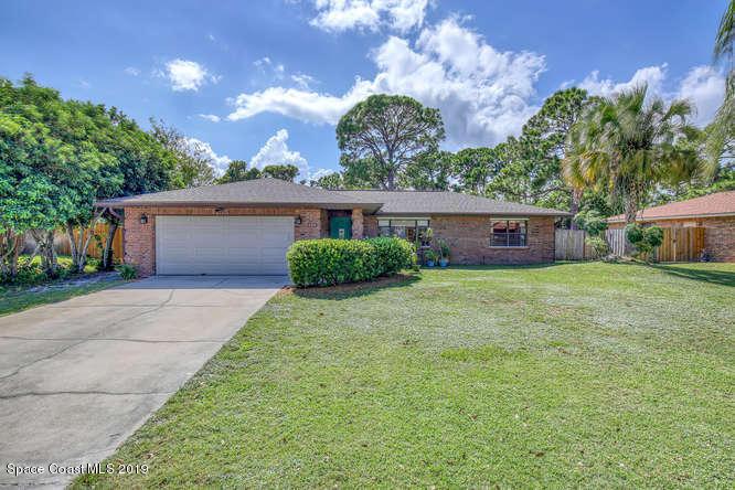 135 Palm Circle, Melbourne, FL 32940