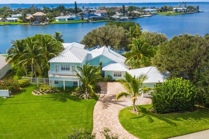 1364 Bay Shore Drive, Cocoa Beach, FL 32931