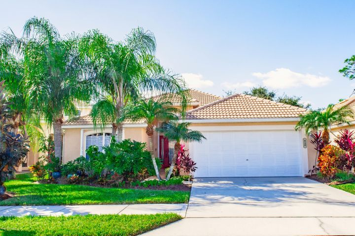 940 Glen Abbey Way, Melbourne, FL 32940