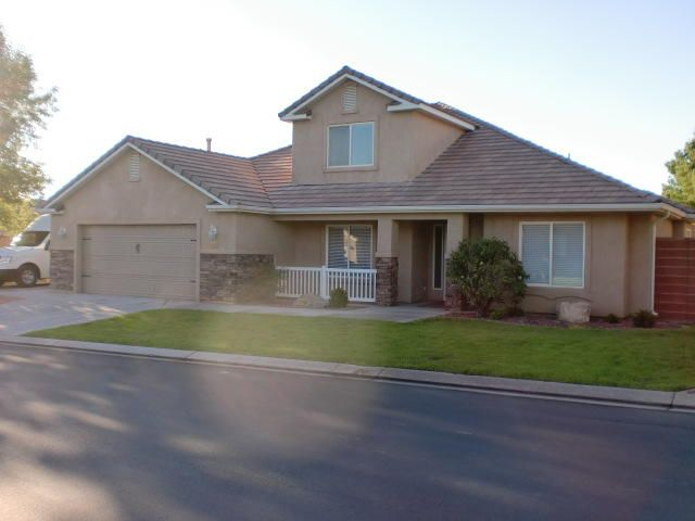 Newly Remodeled Home In Painted Desert