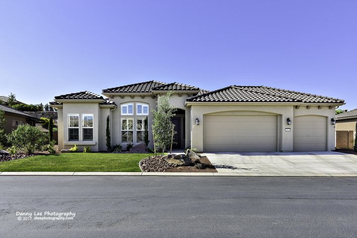 2063 W RIVER OF FORTUNE DR, St George, UT 84790