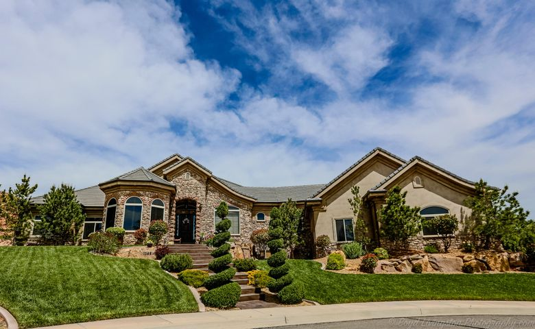 1348 W Sandcrest CIR, Washington, UT 84780
