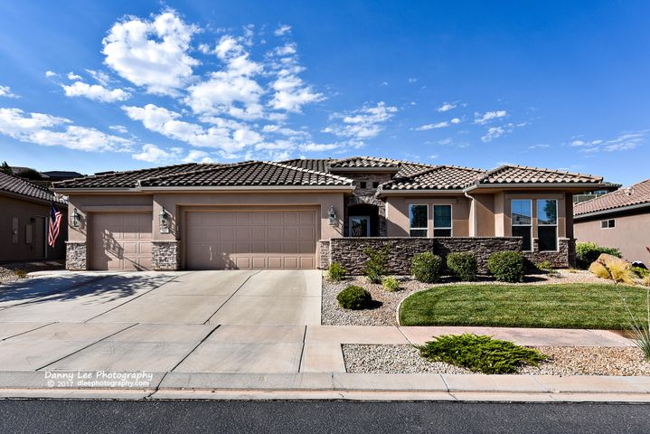 1641 Garnet Ridge, St George, UT 84790