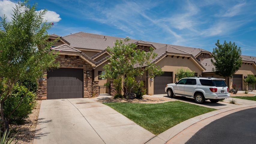 4239 E Razor Ridge, Washington, UT 84780