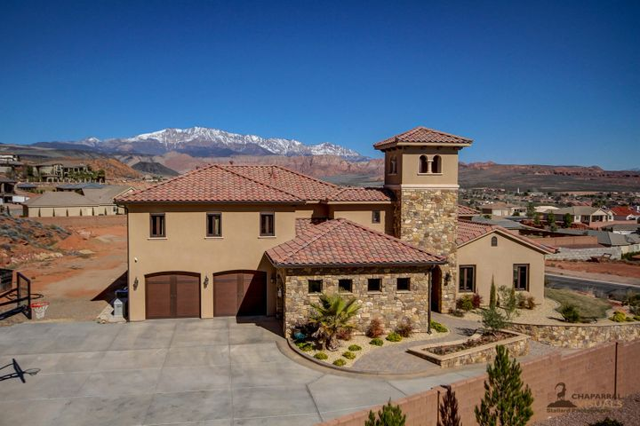 237 Cliffside DR, Washington, UT 84780