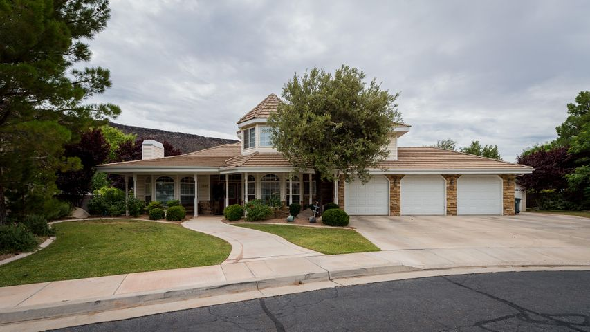 1047 W 150 CIR N, St George, UT 84770