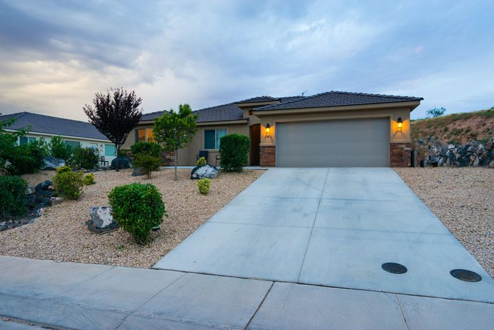 1283 N Main, Hurricane, UT 84737