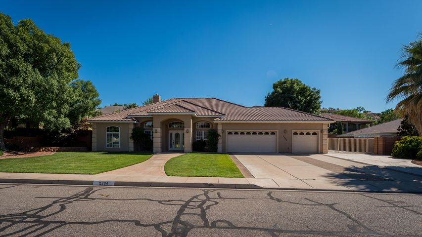 2384 E Lake, St George, UT 84790