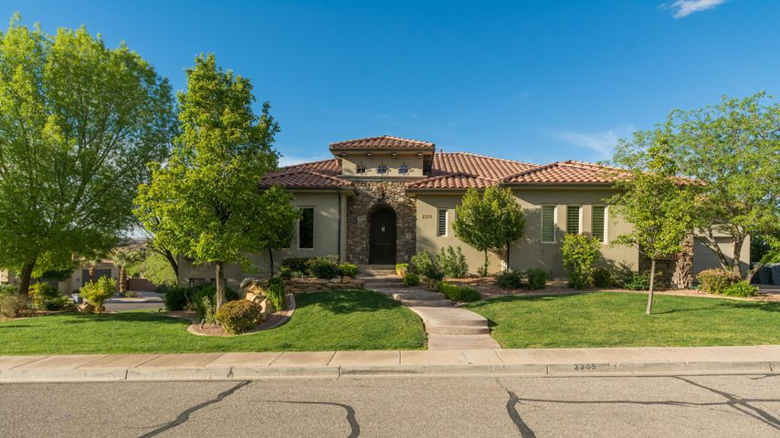 2355 Via Linda CIR, St George, UT 84790