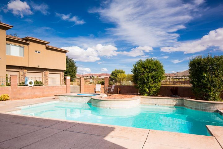 340 N Country LN, #65, St George, UT 84770