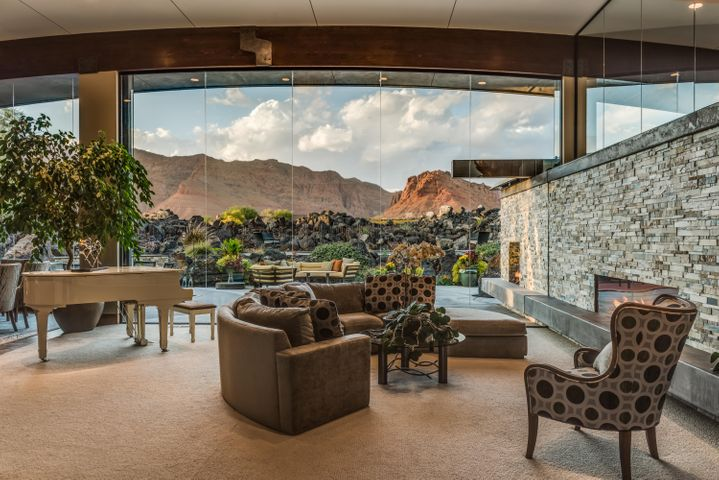 Unobstructed views of Snow Canyon are found in the main areas of the home!