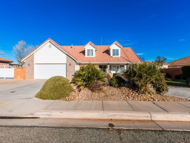 1219 St James LN, St George, UT 84790