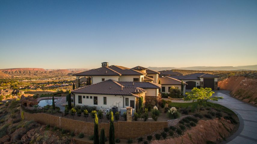1445 W Bluff Hill DR, Washington, UT 84780