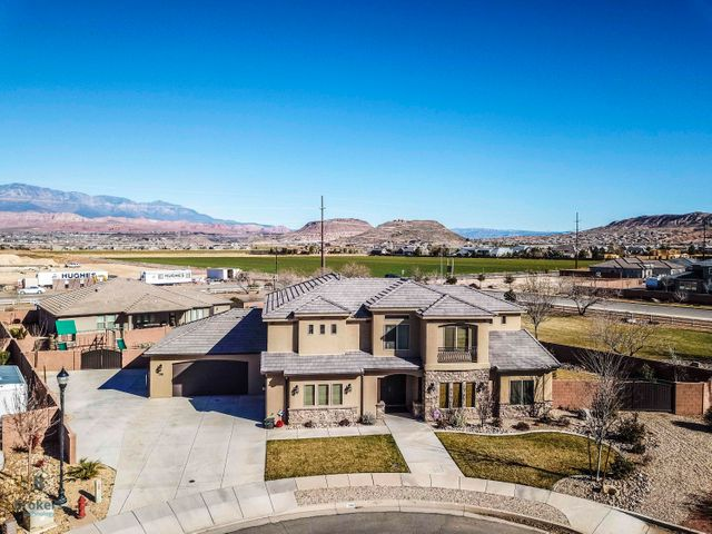 298 W 3162 S, Washington, UT 84780