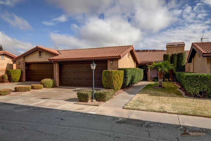 626 Ridge Rim Way, St George, UT 84770