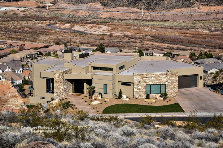 1849 Cliff Point DR, St George, UT 84790