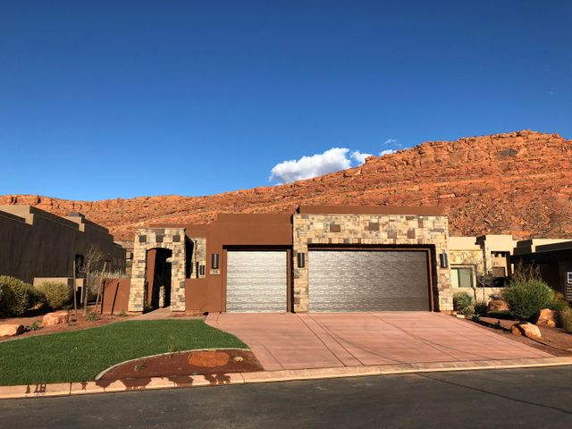 2139 W Couger Rock Circle, 208, St George, UT 84770