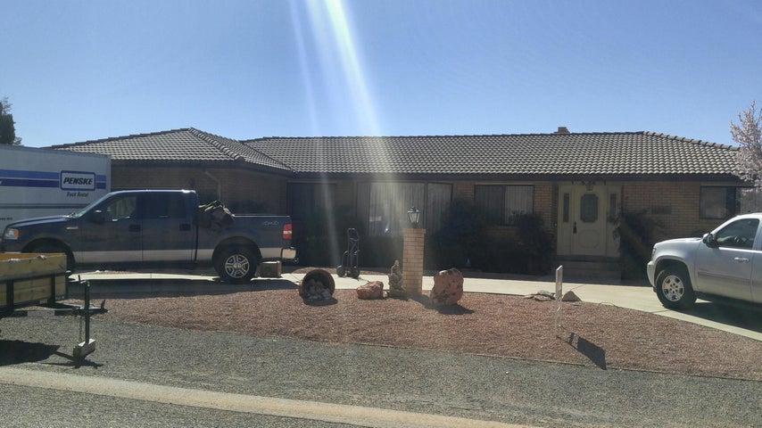 1561 Navajo DR, St George, UT 84790