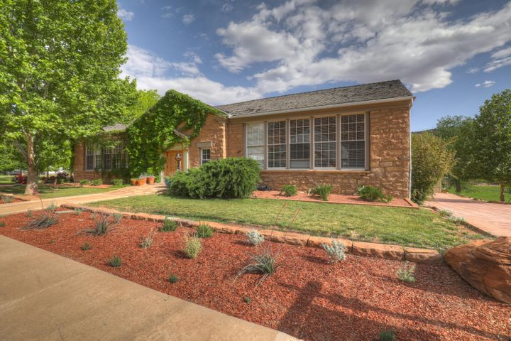 38 E Main ST, Rockville, UT 84763