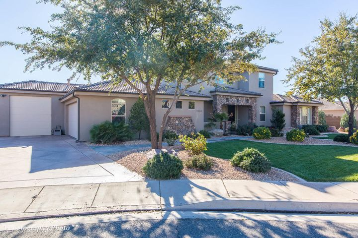 2106 E 2620 S Cir, St George Ut 84790