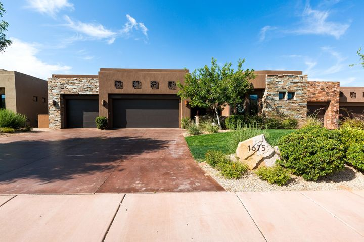 1675 W Red Cloud DR, St George, UT 84770