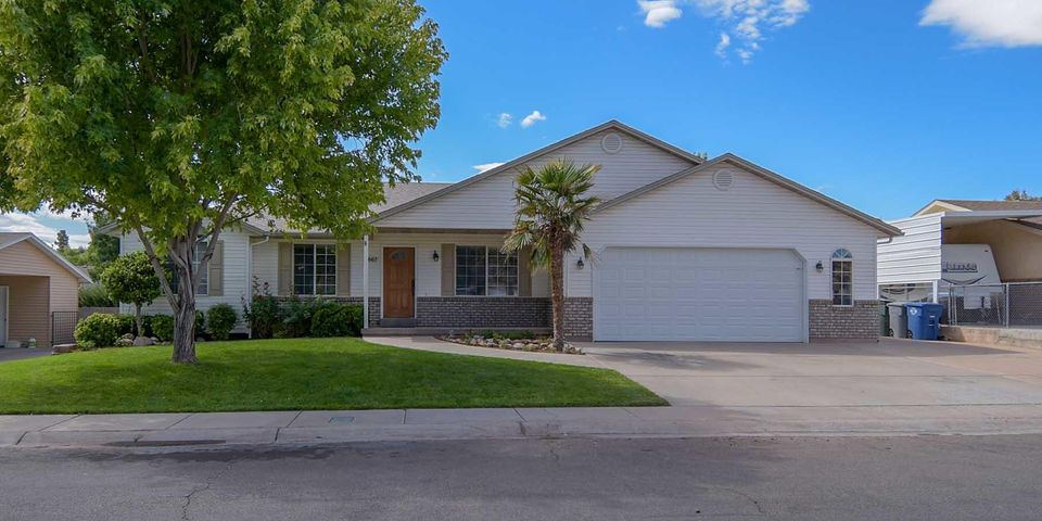 1667 W Chapel View LN, St George, UT 84770