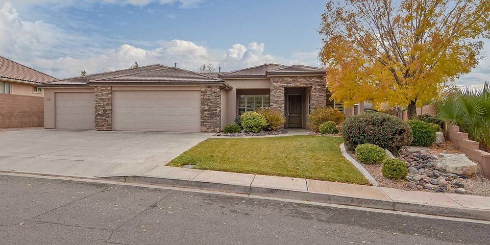 880 E Lori LN, Washington, UT 84780