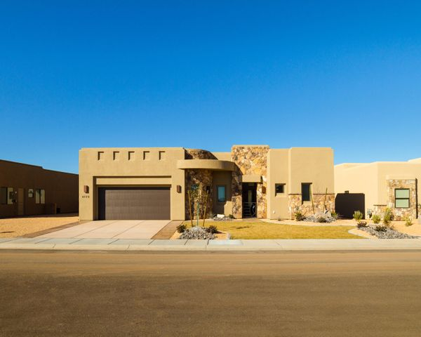 4773 N Cottontail Dr, St George UT 84770
