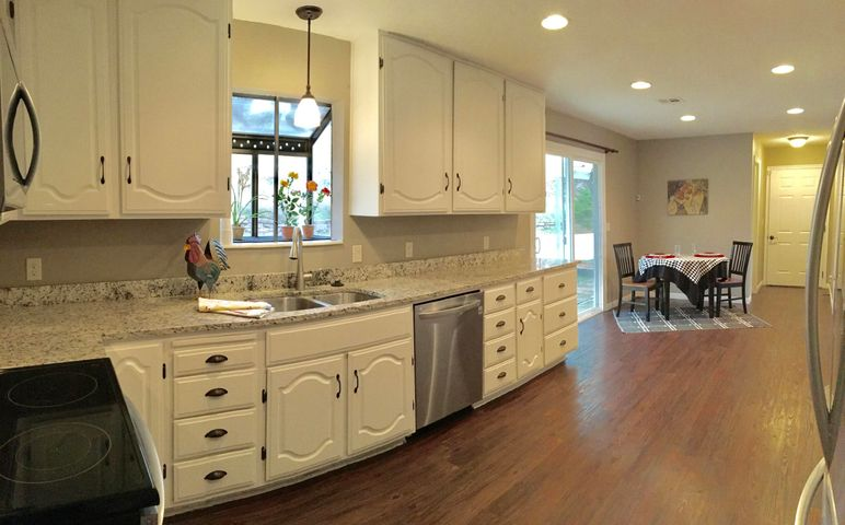 1793 W CANYON VIEW DR, St George, UT 84770