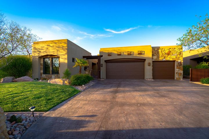 1678 W Red Cloud DR, St George, UT 84770