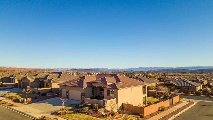 363 W Talon Way, Ivins, UT 84738