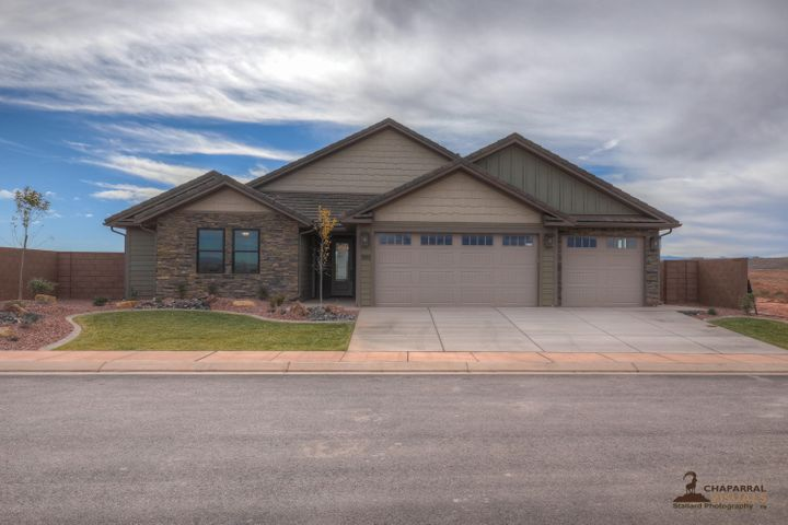 988 E Oxbow Way, Washington, UT 84780
