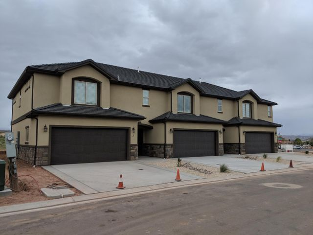 1001 W Curly Hollow DR, #24, St George, UT 84770