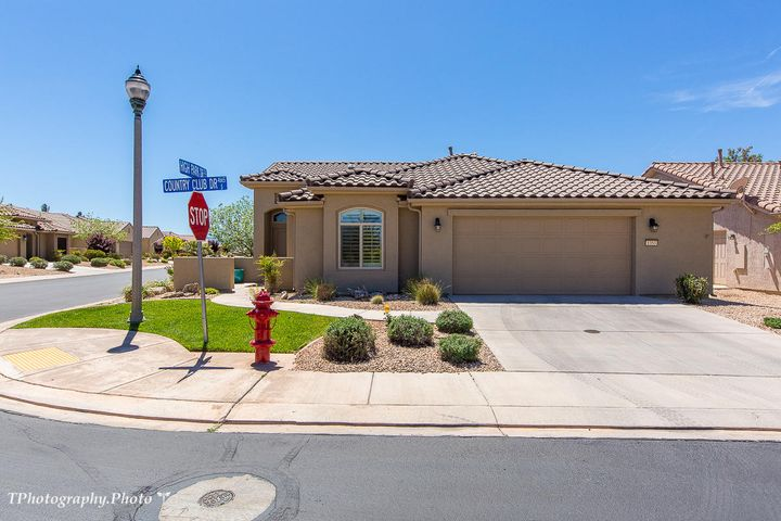 1353 Country Club DR, St George, UT 84790
