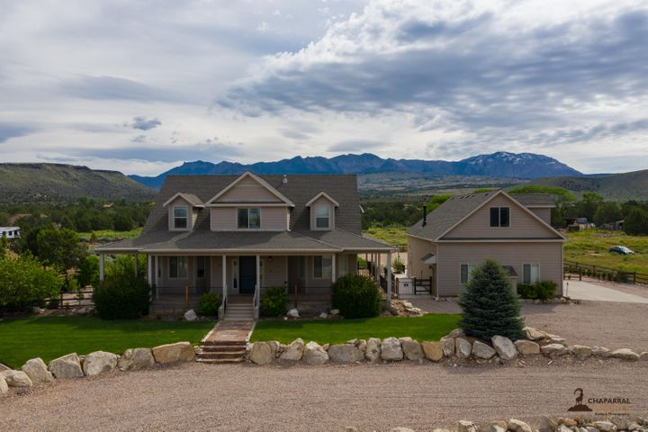 1424 N Canyon Trail DR, Dammeron Valley, UT 84783