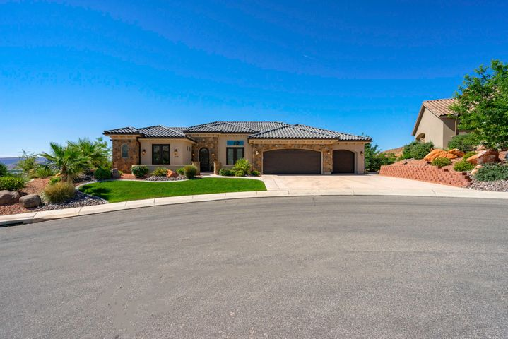 1135 N Saybrook Way, Washington, UT 84780