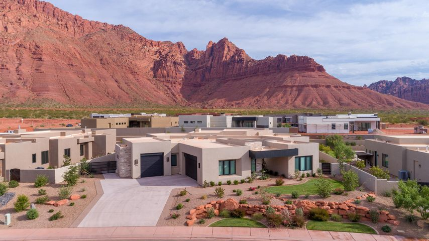 639 E High Bluff CIR, Ivins, UT 84738