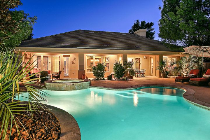 Home with pool & spa