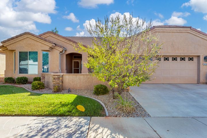 4619 S Chasing Light Dr, St George UT 84790