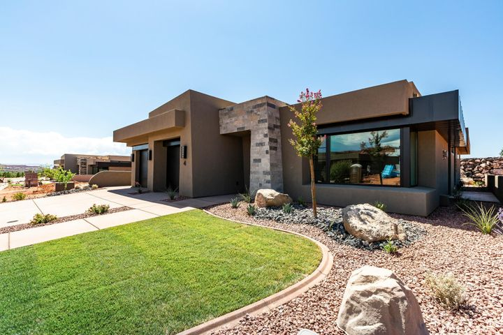 1355 E Snow Canyon Parkway, Ivins UT 84738