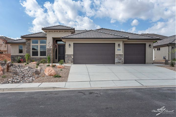 2065 N Vista Springs Dr, Washington UT 84780