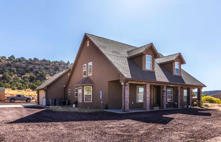 2846 N Purple Sage Rd, Apple Valley UT 84737