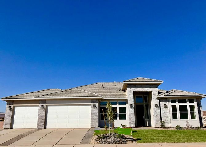 1289 E Black Brush Dr, Washington UT 84780