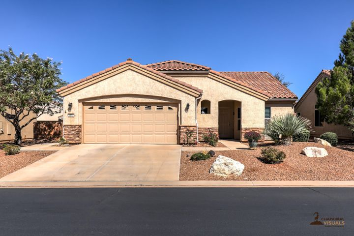1372 Country Club DR, St George, UT 84790